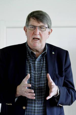 Lars G Ohlsson föreslås ta över som ordförande.