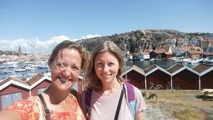 Lotta Ekstedt och Helena Eriksson har äntligen hittat ett efterlängtat sommarhus i Västmanland.