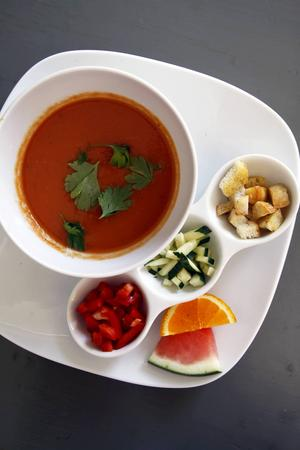 Gazpacho, kall tomatsoppa, på El Perrito.