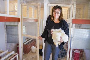 Företaget som är specialiserade på produkter för just fjäderfän startade Jessicas farfar för 94 år sedan.