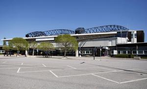 TAR ÖVER. För tre år sedan beslutade regeringen att Midlanda inte längre ska vara en nationell flygplats. I går kom förslaget på hur det kommunala övertagandet ska gå till.