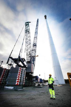 Bygget av Sveriges största vindkraftspark pågår i Östjämtland.