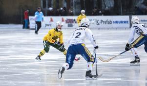 Pär Törnberg gjorde fyra nya poäng mot HaparandaTornio och toppar därmed fortsatt poängligan i allsvenskan norra.