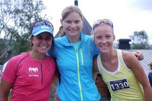 Helena Wallin, IF Linnea, vann damklassen på 2:15:38, fyra sekunder före loppets överraskning Fanny Borgström, Duveds IF. Trea kom OS-stjärnan i längdåkning Anna Haag.