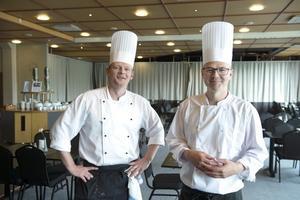 Kökschefen Fredrik Georgson och kocken Olof Sjögren på Quality hotel åker snart till Frankrike.