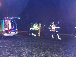 Efter olyckan. Den åldrige mannen togs om hand av räddningspersonal efter olyckan.