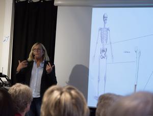 Överläkaren Ingrid Bergström Karolinska universitetssjukhuset föreläste under måndagen på Mötesplats 58 med anledning av den Internationella osteoporosdagen.