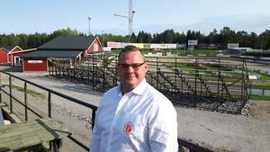 Den 27 augusti presenterades Ohlsson som ny lagledare för Rospiggarna under en pressträff på HZ Bygg Arena.