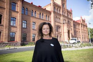 Victoria Strandberg Zarotti, biträdande rektor på Vallbacksskolan, är upprörd.