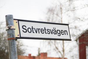 En plats som nämnts från tekniska utskottet är att de nya lägenheterna kan byggas på Sotvretsvägen.