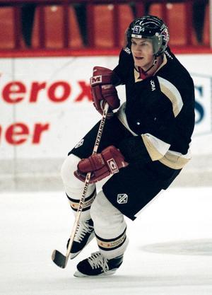 Lidström tränar i dåvarande Rocklundahallen inför comebacken i VIK den 24 oktober 1994.