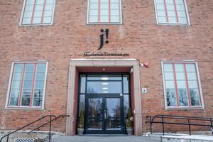 Wargentinsskolan i Östersund är en av flera gymnasieskolor som kan få kamerabevakning.