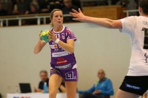 Mikaela Johansson och Skara HF kommer spela åtta träningsmatcher för att vara redo för säsongen.