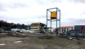 Beijers bygghandel är snart ett minne blott. Den här veckan rivs den sista fastigheten på platsen.