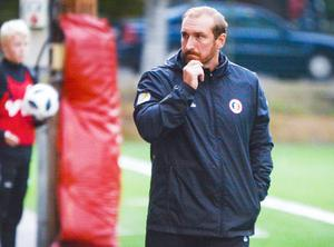 Hudiksvalls tränare Mikael Bengtsson har en del att fundera över efter två raka förluster för topplaget.
