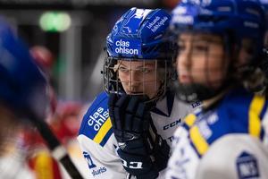 Ida Karlsson delar gärna ut en tackling om hon får chansen. Foto: Daniel Eriksson/Bildbyrån