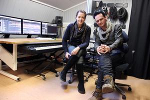 Iréne och Per Moneeo har hittat ett sätt att överleva som kulturarbetare genom deras projekt Taste of Sound.