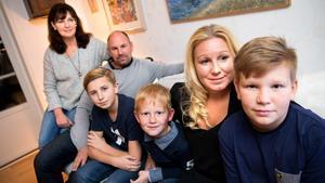 Delar av familjerna som ska fira nyår Karibien. Från vänster: Agneta Hagelin, Andreas Hagelin, Viktor Johansson, Theodor Johansson, Angelica Johansson, Philip Johansson.