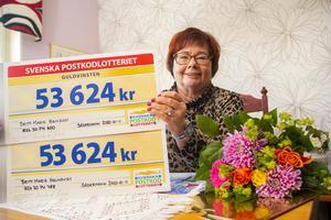 Britt-Marie Holmqvist hade två lotter och vann 107 248 kronor.
