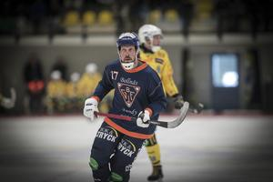 Daniel Mossberg gjorde Bollnäsdebut i midsommarderbyt. Bollnäsfansen får vänta till sensommaren för att se Christoffer Fagerström i spel.