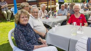 Birgitta Mokesch, Erich Mokesch och Rose-Marie Brun har varit medlemmar länge i PRO och ville vara med för att fira torpet.