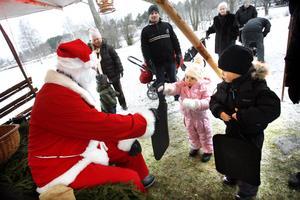 Den årliga julmarknaden i Högbo brukar vara populär. I år erbjuds bland annat häst och vagn-åkning.
