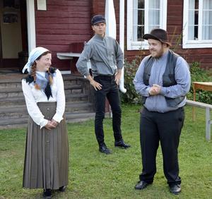 Triangeldramat som historien bygger på är mellan nämndemannens dotter Sigrid (Anna Mäkänen) som båda bröderna Knut (Jim Mattsson) och Martin (Elias Granhammar), är förälskade i. Dramatiken växer när Sigrid vill gifta sig med den som ärver Knutsgården.