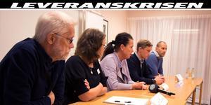 Fr v: Chefsläkaren Claes-Mårten Ingberg, Lena Buske, områdessamordnare, Inger Nordin Olsson, stabsledare och chefsläkare, Martin Stang, försörjningschef, och Karl Löfroth, länschef för transport och logistik.