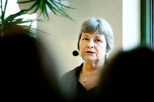 Läraren Britt Holmgren Larsson blir rektor till hösten om hon får ihop 100 elever.