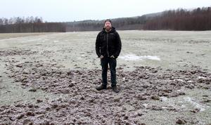 Vildsvinen har lyckats ödelägga och stänga igen Himmelslätta flygfält för i år konstaterar flygklubbens ordförande, Rickard Eriksson.