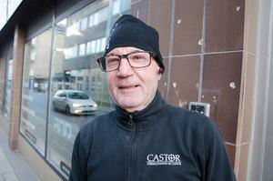 Styrbjörn Andersson, 63, fastighetsskötare, Kvissleby: