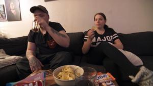 Andreas Höglin, 31, och Susanne Pettersson, 27, fick hjälp av Lyxfällan. Bild: Skärmdump/TV3