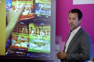 Per Geijer på Svensk Handel menar att det är utländska stöldligor som ligger bakom ökningen av stöldbrott.