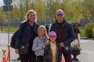 Tony Rickardsson, Christina Richardson med barnen Victoria och William. Foto: David Söder