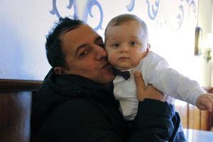 Efter lång väntan fick Mahmut Aydin i höstas äntligen sin son Ömer Halis äntligen till Sverige och Sälen.