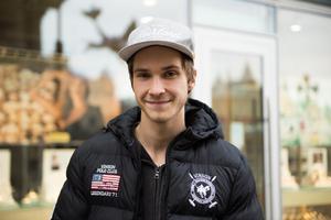 Alexander Hovrin, 21, verkstadsarbetare, Fränsta.