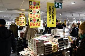Förlagens försäljning till bokhandlar var ungefär lika stor som året dessförinnan medan den digitala försäljningen ökade. Foto: Pontus Lundahl/TT/Arkivbild.
