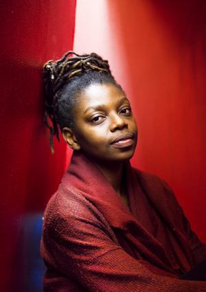 2013 bestämde sig Kayo Mpoyi för att satsa på skrivandet och sökte till Skrivarakademien i Stockholm. Foto: Hanna Franzén / TT