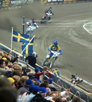 Jonsson var med i det svenska laget som vann VM under 2003.