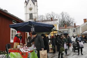 Sandbergs gård är en av julmarknadsplatserna i Nora till helgen. Torget och bryggeriområdet ett par andra marknadscentra. Arkivbild: Michael Landberg