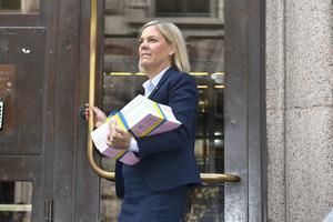 Inför nästa budgetpromenad behöver finansminister Magdalena Andersson (S)  fylla på med långsamma kolhydrater i form av strukturreformer. Foto: Claudio Bresciani  / TT