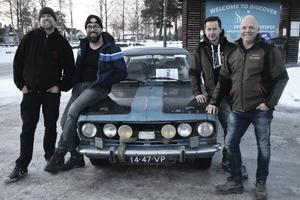 Det är viktigt med många extraljus när man ska köra genom Skandinavien på vintern.