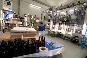 3 000 flaskor per timme är kapaciteten i tappningen.