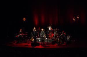 Tonhallen i Sundsvall var fullsatt när Helen och Anna höll två konserter under lucia.