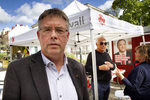Mikael Löthstam (S) har att begrunda ett dåligt valresultat både för partiet och i de egna personkryssen.