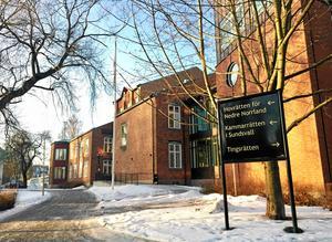 Hovrätten för nedre Norrland ändrar tingsrättens dom.