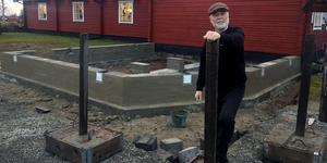 Gunnar Ekberg berättar om ännu en utbyggnad av butiken i Vemdalen.