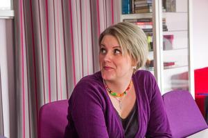 Malin Lindgren reagerar mest på att personalen inte fått vara delaktig i regionens beslut att lägga ner hälsocentralen i Bergsjö.