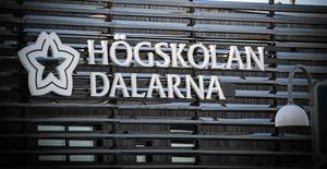 Fler och fler studenter riktar kritik mot anatomikursen på sjuksköterskeprogrammet hos Högskolan Dalarna.