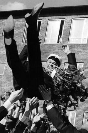 En icke namngiven student åkte i luften 1964.
